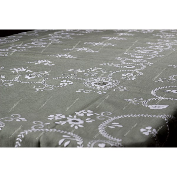 2,50x1,45-TABLECLOTH IN WATER GREEN LINEN EMBROIDERED IN PEARL WHITE
