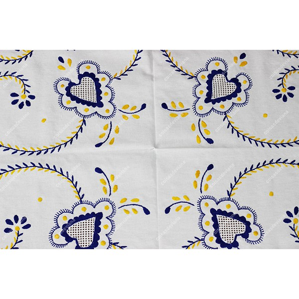 2,0x1,60-TABLECLOTH IN COTTON EMBROIDERED IN BLUE AND YELLOW
