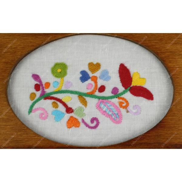 WOODEN JEWELRY BOX WITH OVAL WINDOW ON TOP WITH LOVE HANDKERCHIEF EMBROIDERY IN LINEN FABRIC