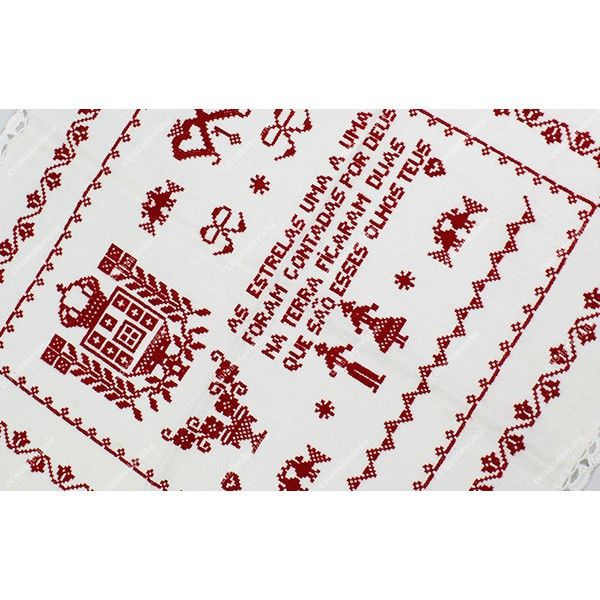 LOVE HANDKERCHIEF IN LINEN RICH EMBROIDERED IN CROSS STITCH AND CROCHET STITCH LACE